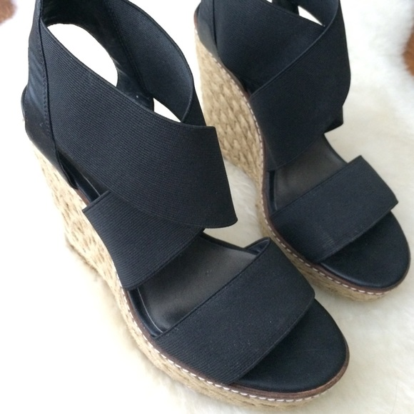 72 Off Jessica Simpson Shoes Black Wedges Galina By