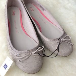GAP Shoes - Brand new Gap ballet flats