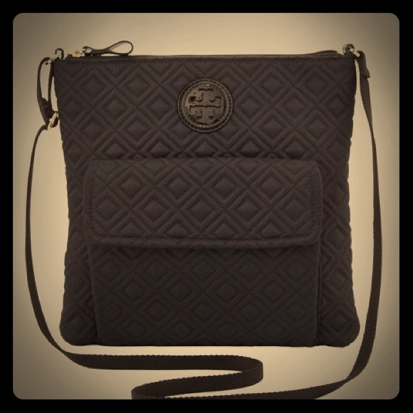a126972f2a336 Tory Burch Ariana Quilted Swingpack. M 57dd7d35ea3f3649c7007623