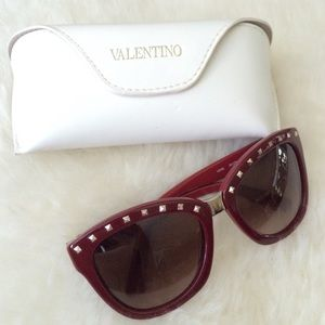 Valentino Accessories - Valentino Rockstud sunglasses