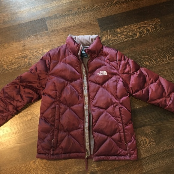 1f0ecc2f9628 North face burgundy puffer coat. M 57dd923498182951c901827b