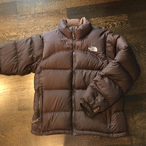 8a3d49cb622c North face brown puffer jacket. M 57dd92e4eaf0302e0900978c