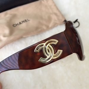 CHANEL Accessories - Signature Chanel sunglasses