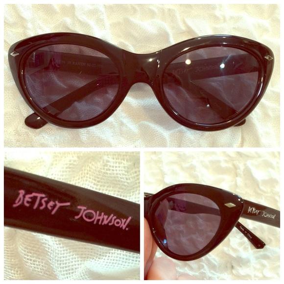 a0243184e0 Betsey Johnson Accessories - ⬇️Betsey Johnson BJ294 Raven cat eye black  glasses