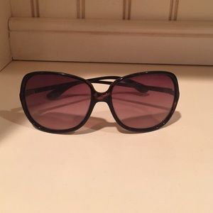 Marc Jacobs Sunnies!!