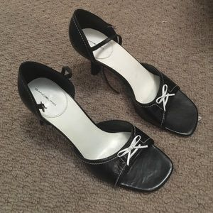 Bandolino vintage heels