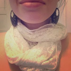 mandee Accessories - White Floral Lace Infinity Scarf 👰