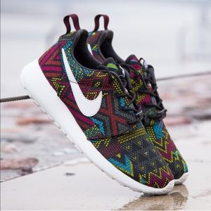 Nike Shoes - {Nike} Limited Ed ROSHE