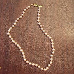 Gorgeous Faux Pearl Choker