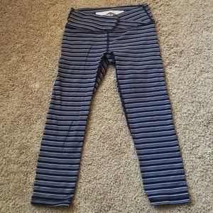 Ellie blue striped Capri workout pants XS
