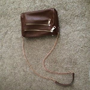 Violet Ray - brown cross body purse :)
