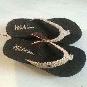 Cobian Shoes - Brand new cobian wedge floppies