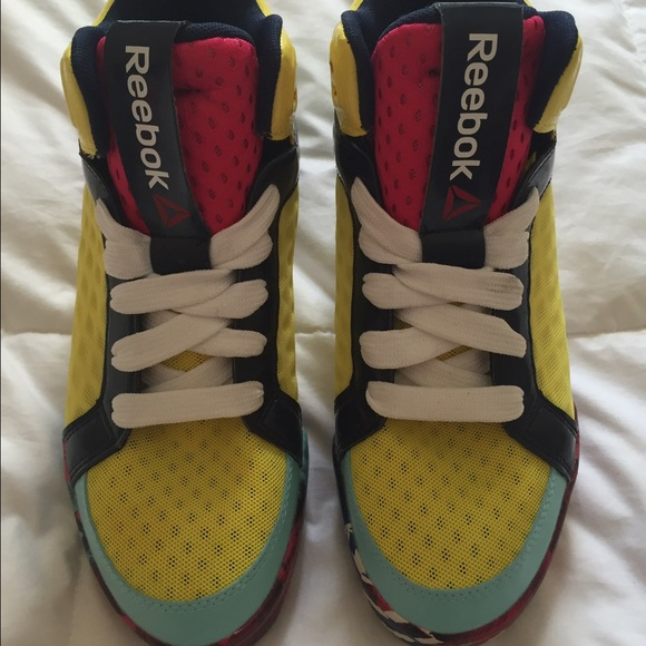 3d45343a343 Colorful Reebok 3D UltraLite shoes. M 57dddbfdc6c795fd1c0130b4