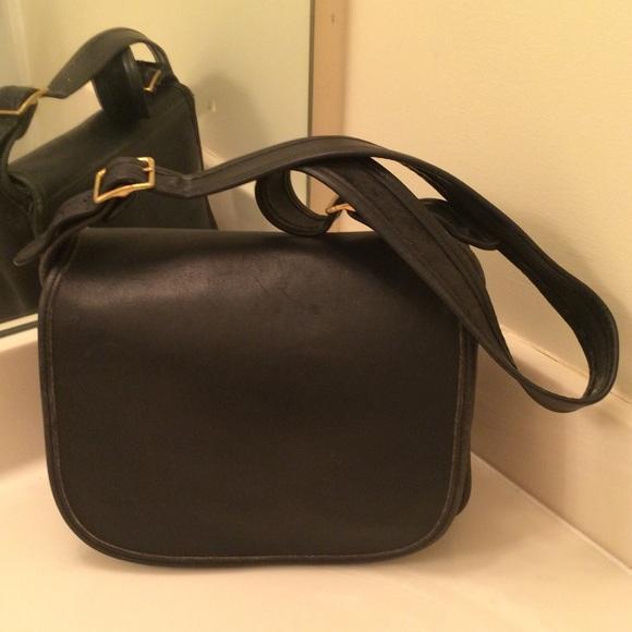 29cd8dc679a2 Coach Handbags - 🎀 Coach Vintage Saddle Bag  9170 Black 🎀