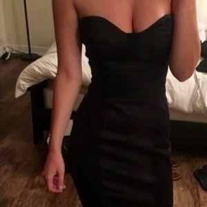 Make an offer!Sweetheart strapless Bebe dress, EUC