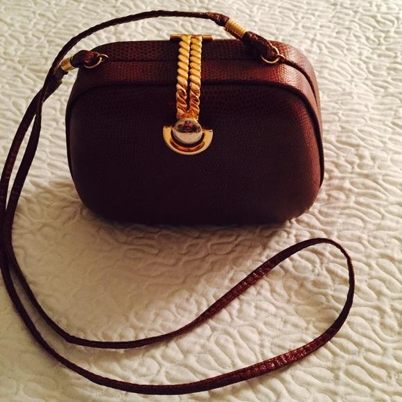 2c357409fe1f8 Small vintage purse - RPL Designs. M 57de1864bf6df55f4102ae8d
