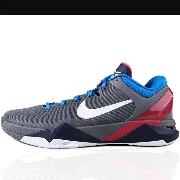8dda53e9dfe0 Men s 10.5 Nike Kobe VII 7 MPLS Basketball Shoes. M 57de288a2de5127a6302ca5e