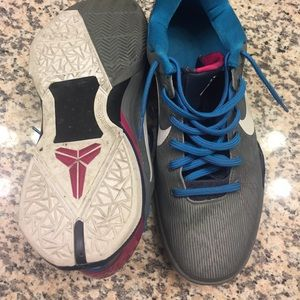 7f584a9fb74f Nike Shoes - Men s 10.5 Nike Kobe VII 7 MPLS Basketball Shoes
