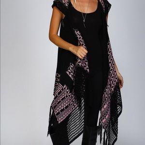 Open cardigan style knit firing vest