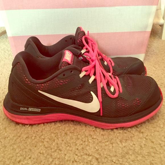 Nike Dual Fusion Run 3 - Women s Size 8.5 9f76c615d