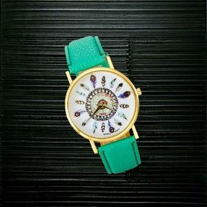 Jewelry - Vintage Womens Feather Dial Watch - Green Band