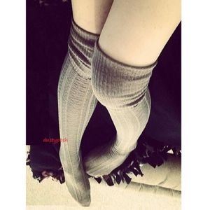 HUE Accessories - Knit Thigh High Sock Cable Boot Cuff Over The Knee
