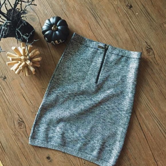 bebe Skirts - NWOT // Bebe bodycon metallic skirt / Small