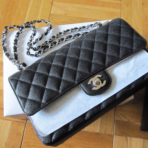 afbb673568a9 CHANEL Bags | Classic 225 Flap Bag | Poshmark