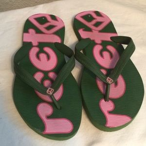Reef Shoes - Reef pink and green flip flops