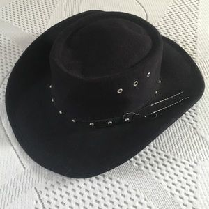 Accessories - Cowboy hat