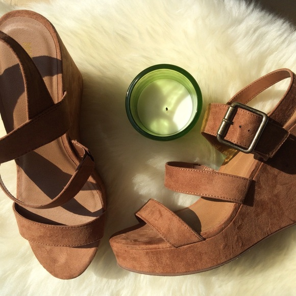 a463de3a52f Mossimo Brandi wedges. M 57def254522b45133900cac1. Other Shoes you may  like. Black Wedges
