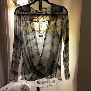 DKNYC Tops - DKNYC 2 piece sheer blouse