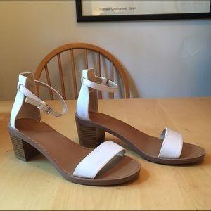 Zara white block heal sandal