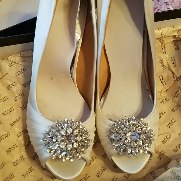 31a28cd9a3ac Badgley Mischka Shoes - Badgley Mischka wedding shoes. Nib