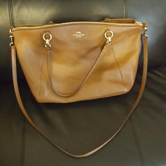 cc29b193ad3d Coach Handbags - Coach Cross-body Camel Bag