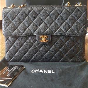 Chanel jumbo vintage single flap caviar Black GHW