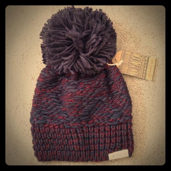 f945322f0dd Marled color combo knit pom pom beanie