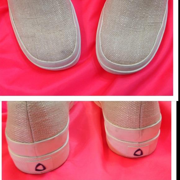 Liz Claiborne Tennis Shoes