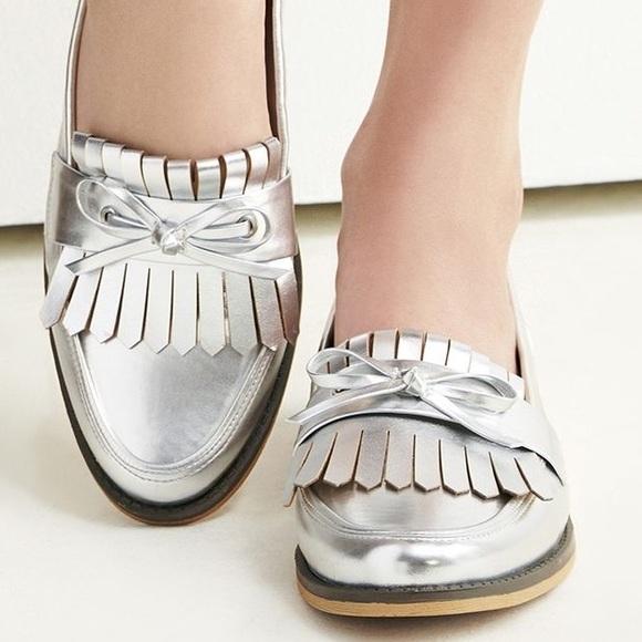 3f6a1a2f2e9 Sole Society Huxley Silver Loafers. M 57e740e241b4e0459201e190