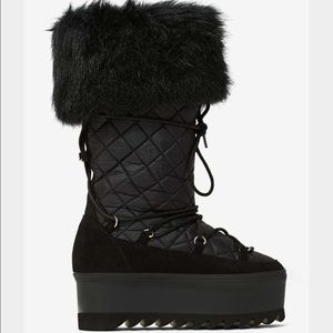 Jeffrey Campbell hoth quilt