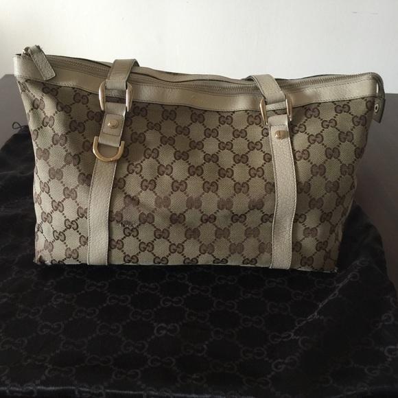 aa8581168135 Gucci Handbags - Gucci shoulder bag w/GC canvas-beige/ivory leather