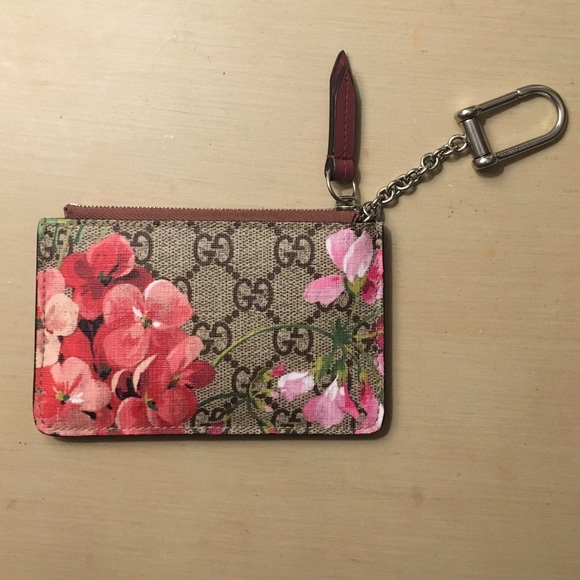 9ab85a42a89 Gucci Accessories - (LIMITED EDITION) Gucci blooms key case