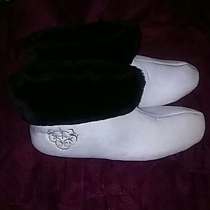Shoes - Cream and black slip-on house shoes