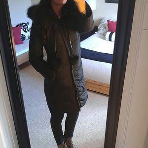 New Via Spiga black fur trim puffer coat
