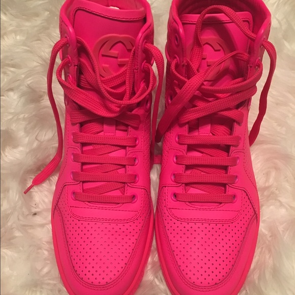 757f2c7394 Gucci Hot pink sneakers