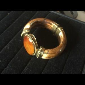 Jewelry - Vintage gypsy river agate stone bone bracelet