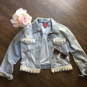 FINAL SALE Vintage hand sewn lace jean jacket!