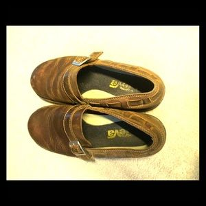 73 Off Teva Shoes Teva Leather Sandals New With Tag
