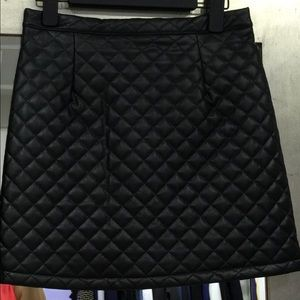 Vegan leather mini skirt black quilted new xs s m