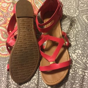 f760be380f2986 Breckelles Shoes - Very cute red flat sandals